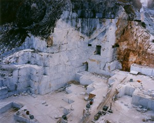 Edward Burtynsky, Carrara Marble Quarries, 1993. Chromogenic Colour Print (102 x 127 cm)