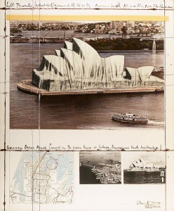 Christo: Sydney Royal Opera House. Wrapped Opera House (project for the Opera House in Sydney, Bennelong Point, Australia), (1969-1990). Técnica gráfica mixta sobre papel: Fotografía, cinta adhesiva, collage de tela, hilo y pintura sobre cartón (76 x 62,5 cm)